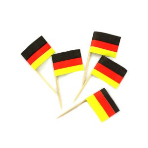 Comfy Plane's German Flag Food Picks