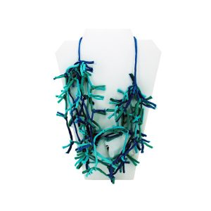 Comfy Plane's turquoise knotted necklace